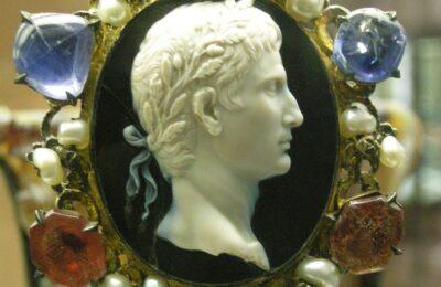 I gioielli romani presso la società degli antichi romani