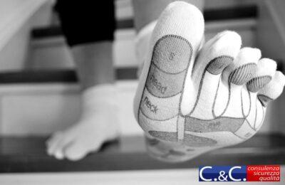 che soffre di alcuni problemi ai piedi