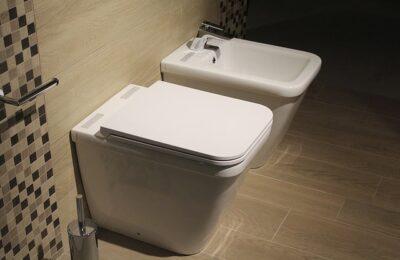 disposizione sanitari bagno piccolo